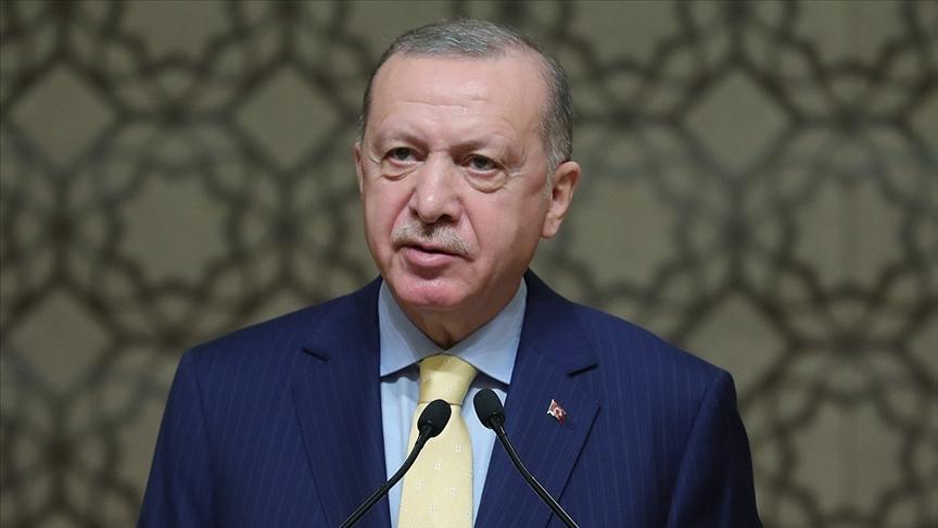 Cumhurbaşkanı Erdoğan, annesi vefat eden Erol Kohen'e başsağlığı diledi