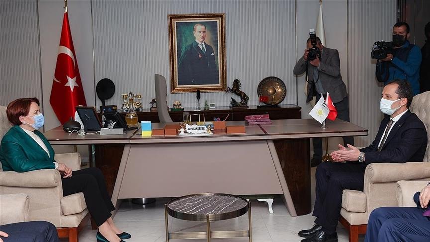 İYİ Parti Genel Başkanı Akşener, Yeniden Refah Partisi Genel Başkanı Erbakan ile görüştü