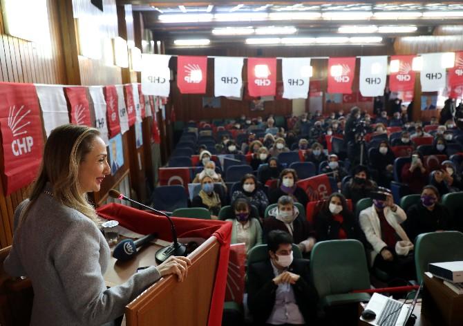 CHP Kadın Kolları Genel Başkanı Nazlıaka, Rize'de Kadınlarla Buluştu