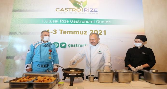 'GastroRize Günleri' tanıtımında belediye başkanı ocakbaşına geçti