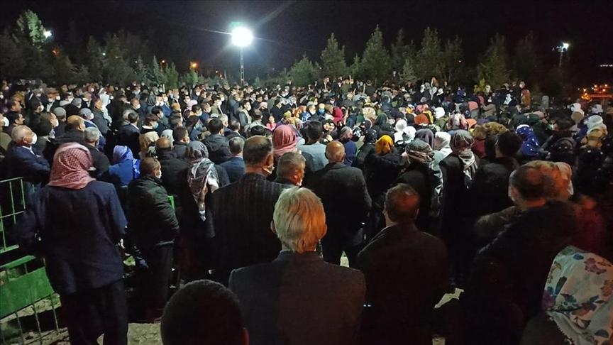 Şırnak'ta PKK'lı teröristlerin tuzakladığı patlayıcının infilak etmesi sonucu ölen çobanın cenazesi Siirt'te defnedildi