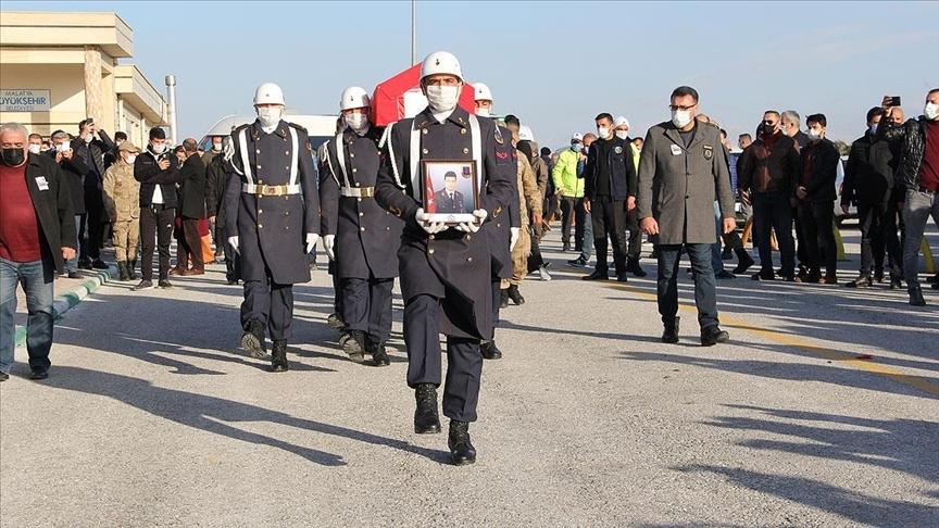 Şehit Astsubay Başçavuş Semih Özbey son yolculuğuna uğurlandı