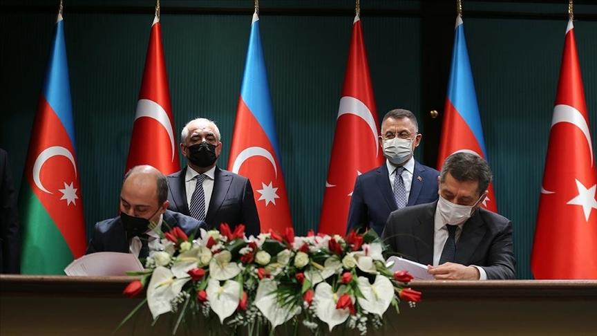 Milli Eğitim Bakanı Selçuk, Türkiye-Azerbaycan Mesleki Eğitim Kurumunun imzasını attıklarını bildirdi