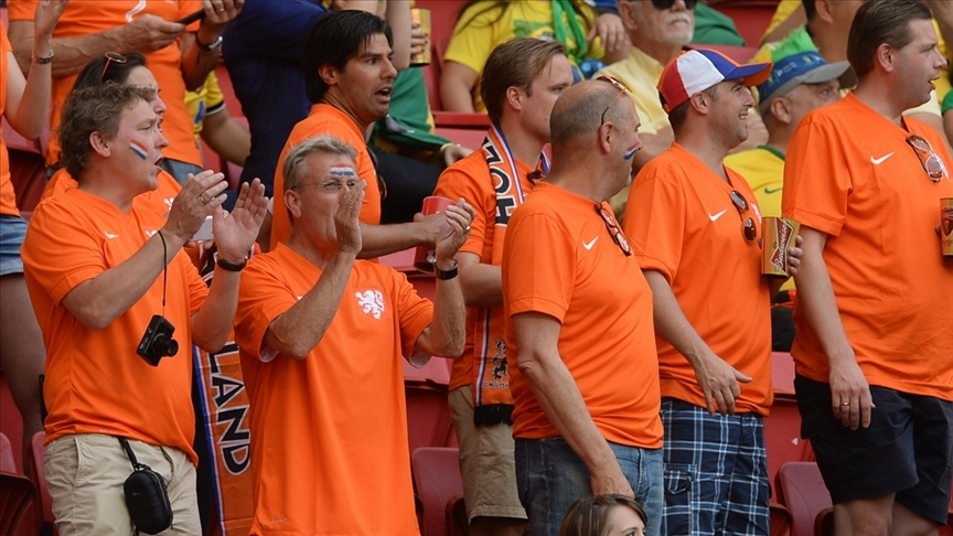 Hollanda, EURO 2020 maçlarına en az 12 bin seyirciyle ev sahipliği yapmak istiyor
