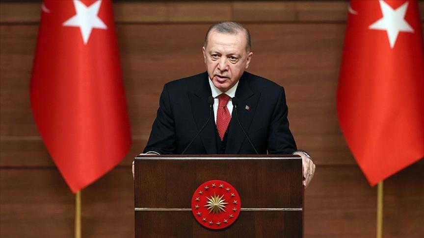 Cumhurbaşkanı Erdoğan: Dilde sadeleştirme niyetiyle Türkçemiz tarihimizin en büyük kelime katliamına maruz bırakıldı