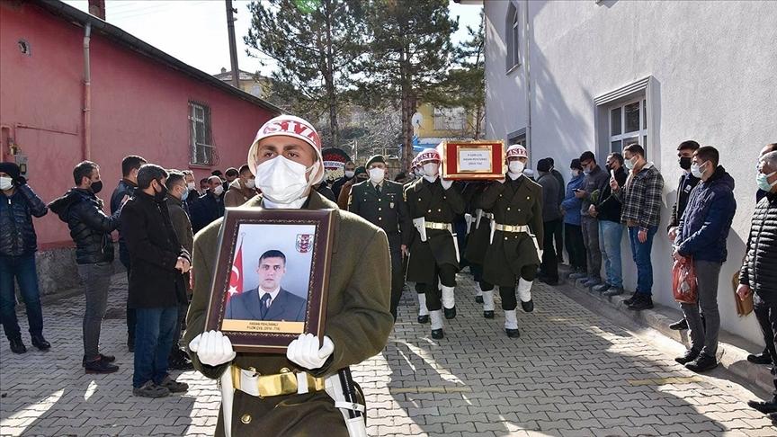 Kalp krizi geçirerek hayatını kaybeden piyade uzman çavuşun cenazesi, Kırıkkale'de defnedildi