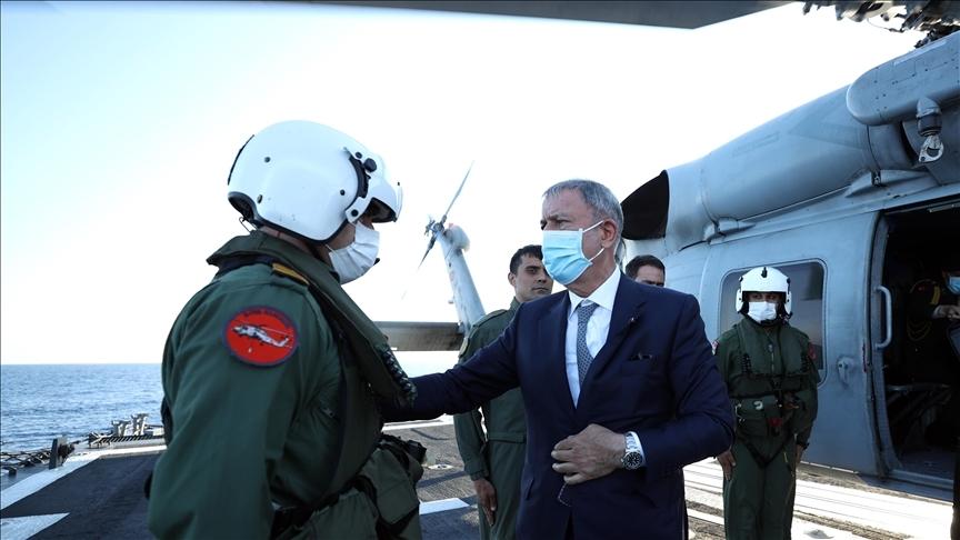 Milli Savunma Bakanı Akar, Libya Görev Grup Komutanlığını ziyaret etti