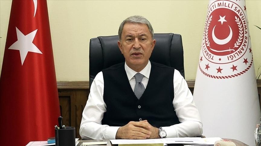 Milli Savunma Bakanı Akar, 14 Mart Tıp Bayramı'nı kutladı