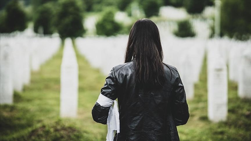 Bosna Hersek'teki savaşın kurbanları Beyaz Kurdele Günü'nde anıldı