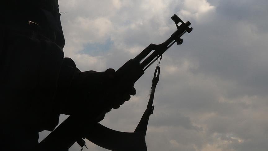 Terör örgütü PKK, Duhok'ta bir evi ateşe verdi